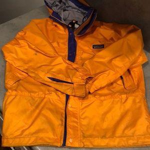 Patagonia kids hooded rain jacket size 10